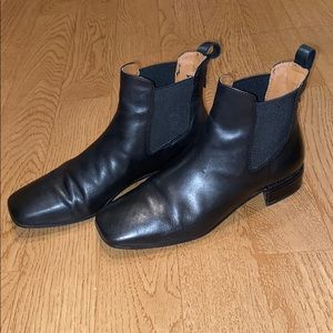 Franco Sarto Chelsea bootie size 7.5
